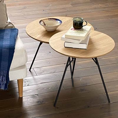 SPACE TABLE - sofabord i massiv eg, olieret, ø58 cm